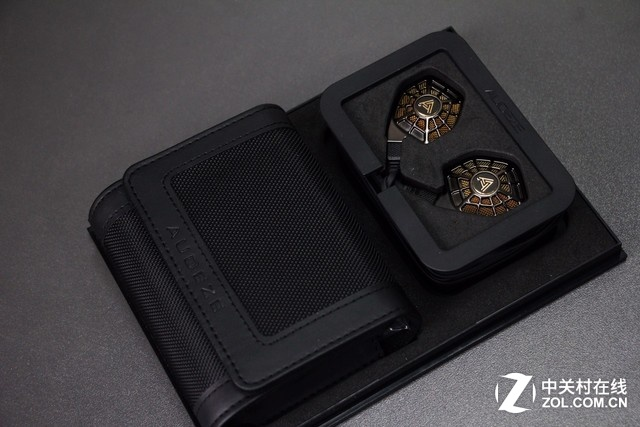 """奥蒂兹首款平板单元耳塞""""iSINE20""""开箱"""